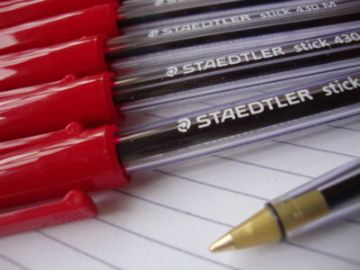 10 STAEDTLER BALL POINT PENS RED EXCELLENT QUALITY
